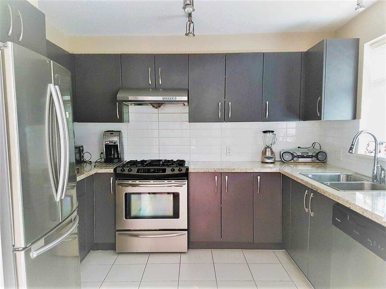 Condo Apartment at 209 9288 ODLIN ROAD, Unit 209, Richmond, British Columbia. Image 5