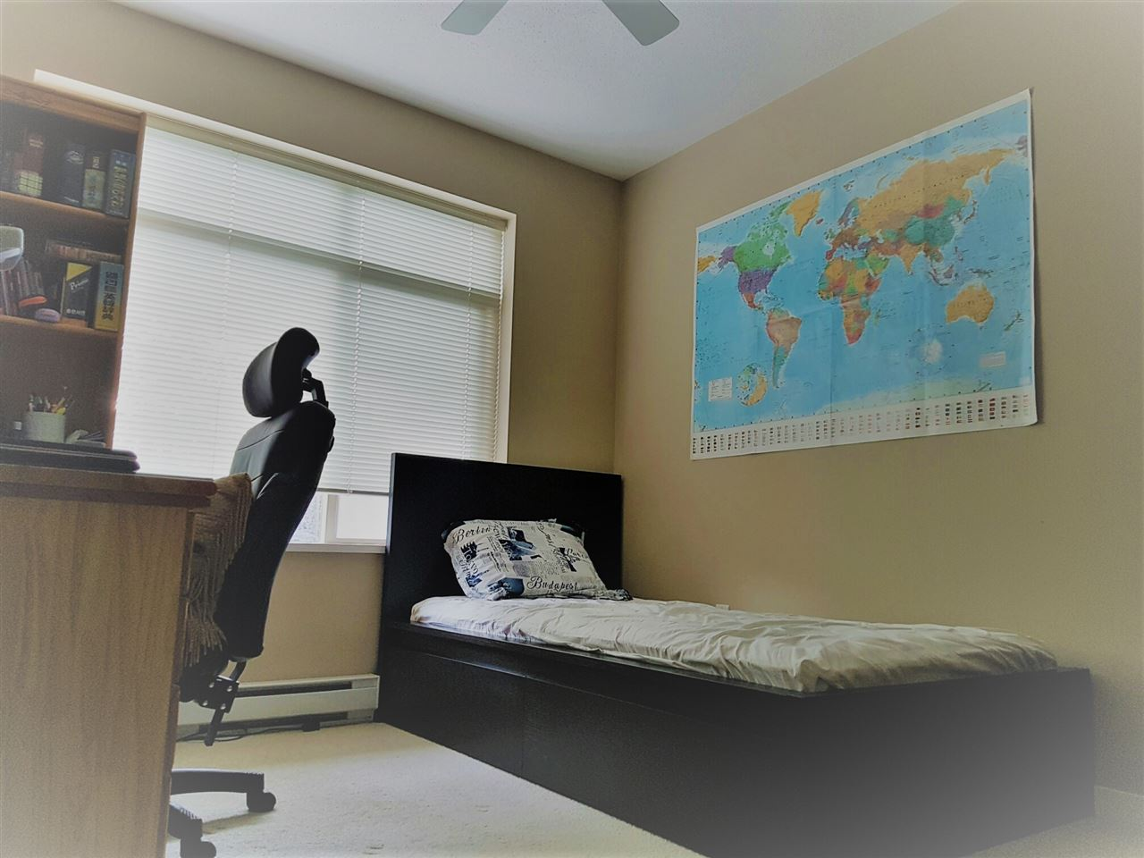 Condo Apartment at 209 9288 ODLIN ROAD, Unit 209, Richmond, British Columbia. Image 8