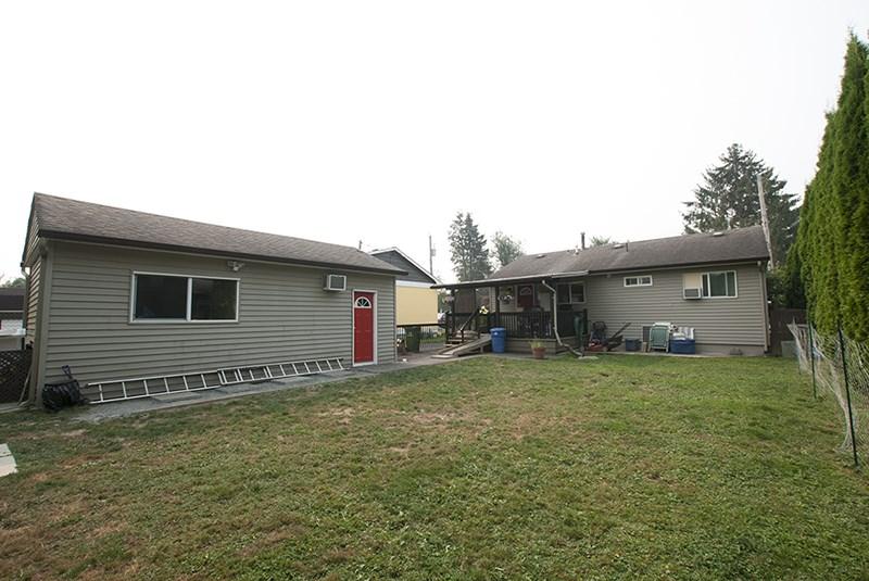 Detached at 45399 WELLINGTON AVENUE, Chilliwack, British Columbia. Image 6