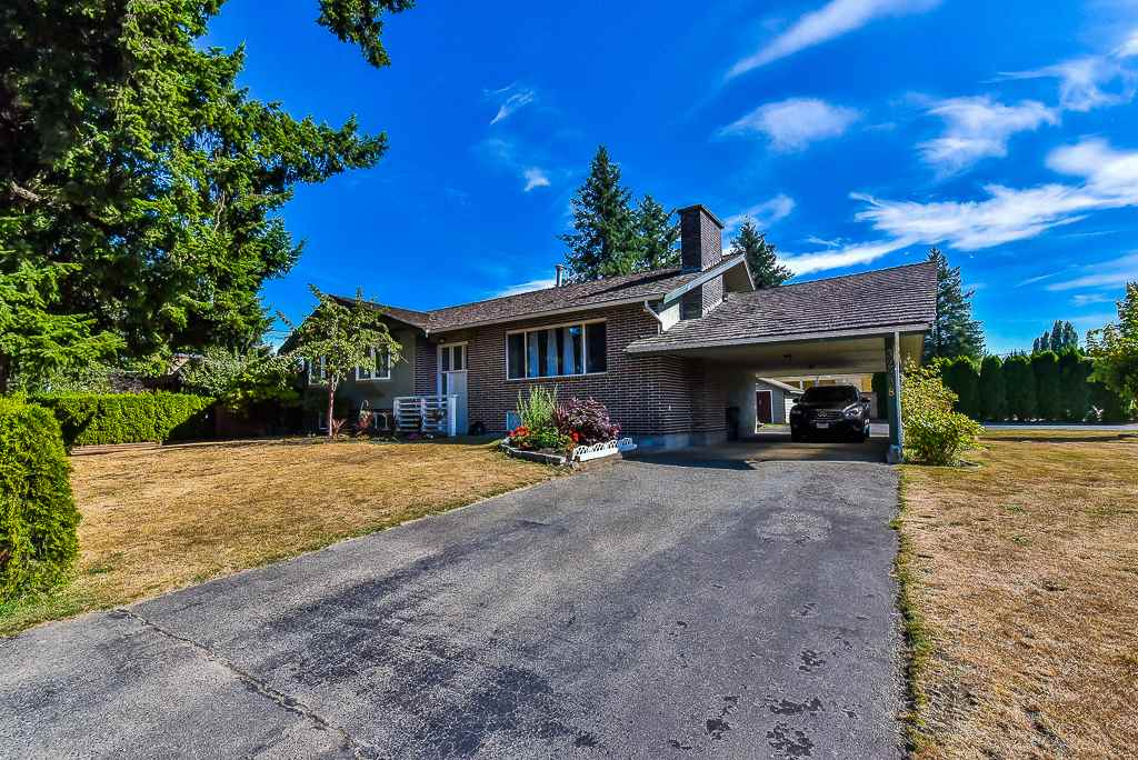 Detached at 32238 PEARDONVILLE ROAD, Abbotsford, British Columbia. Image 1