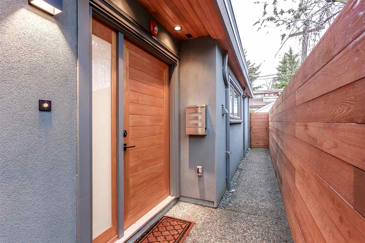 Detached at 3307 W 6TH AVENUE, Vancouver West, British Columbia. Image 4