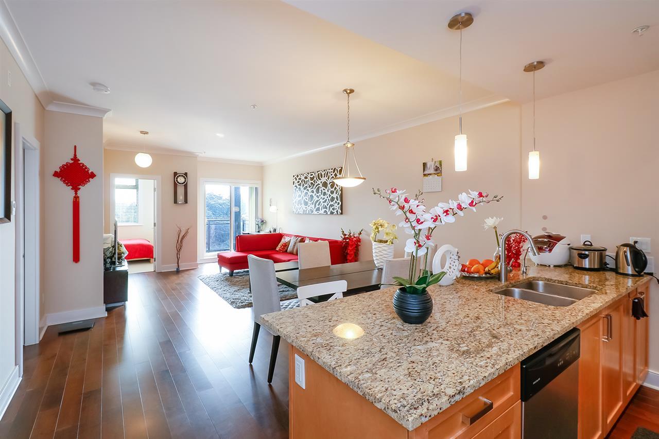 Condo Apartment at 308 5599 14B AVENUE, Unit 308, Tsawwassen, British Columbia. Image 2