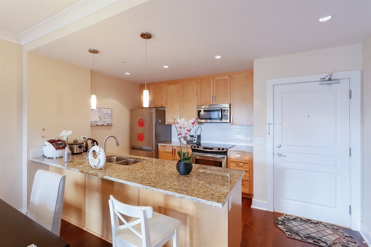 Condo Apartment at 308 5599 14B AVENUE, Unit 308, Tsawwassen, British Columbia. Image 5