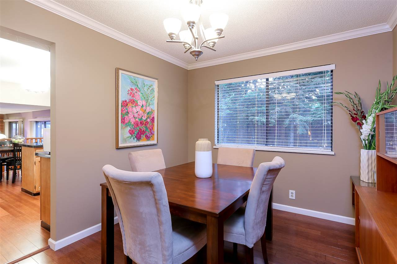 Detached at 8170 WILTSHIRE BOULEVARD, N. Delta, British Columbia. Image 11