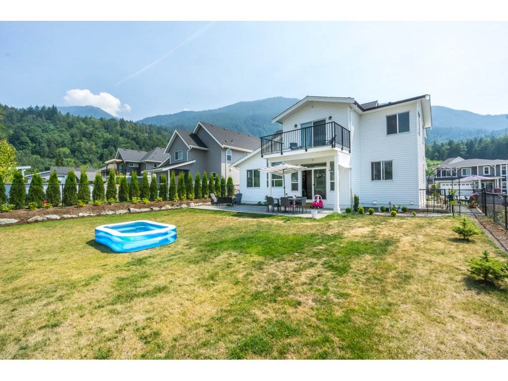 Detached at 50363 KENSINGTON DRIVE, Chilliwack, British Columbia. Image 19