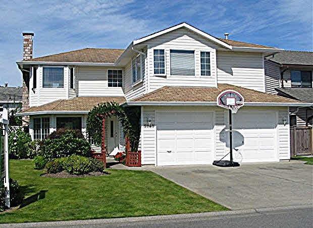 Detached at 5943 49 AVENUE, Ladner, British Columbia. Image 1
