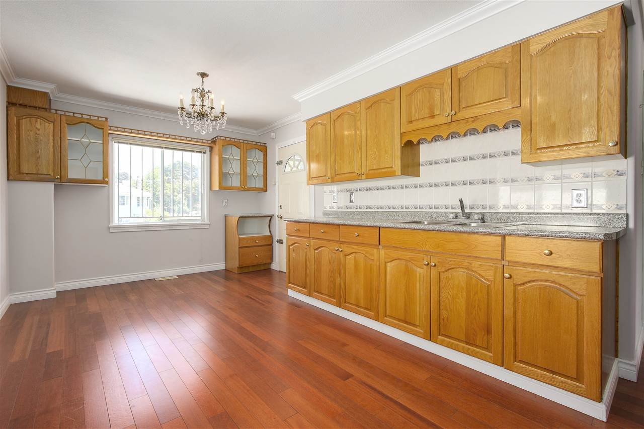 Detached at 5382 EARLES STREET, Vancouver East, British Columbia. Image 4