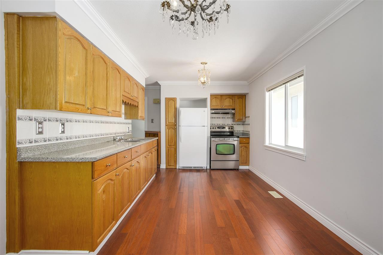 Detached at 5382 EARLES STREET, Vancouver East, British Columbia. Image 5