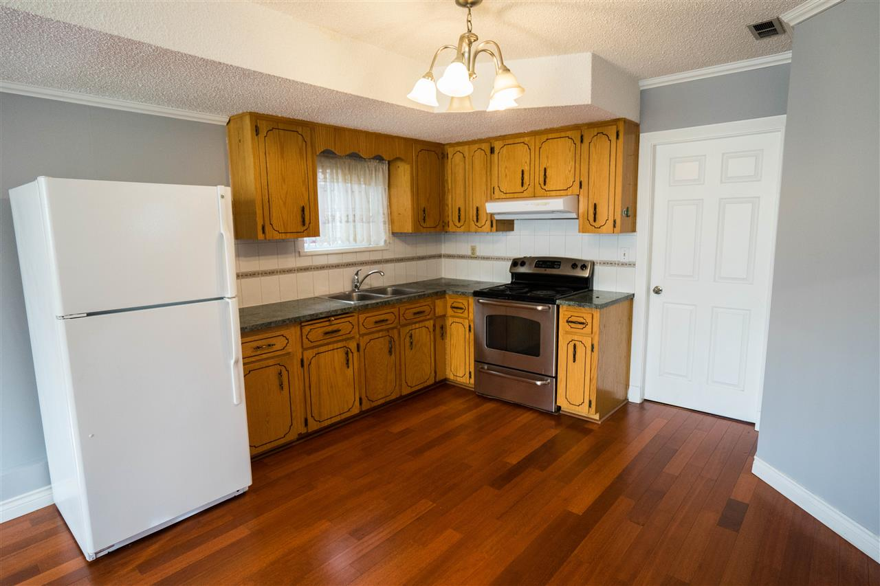 Detached at 5382 EARLES STREET, Vancouver East, British Columbia. Image 10