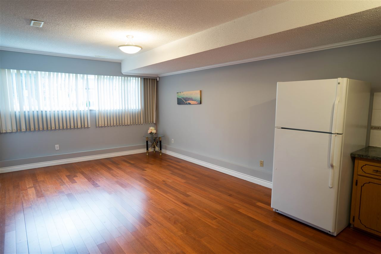 Detached at 5382 EARLES STREET, Vancouver East, British Columbia. Image 12