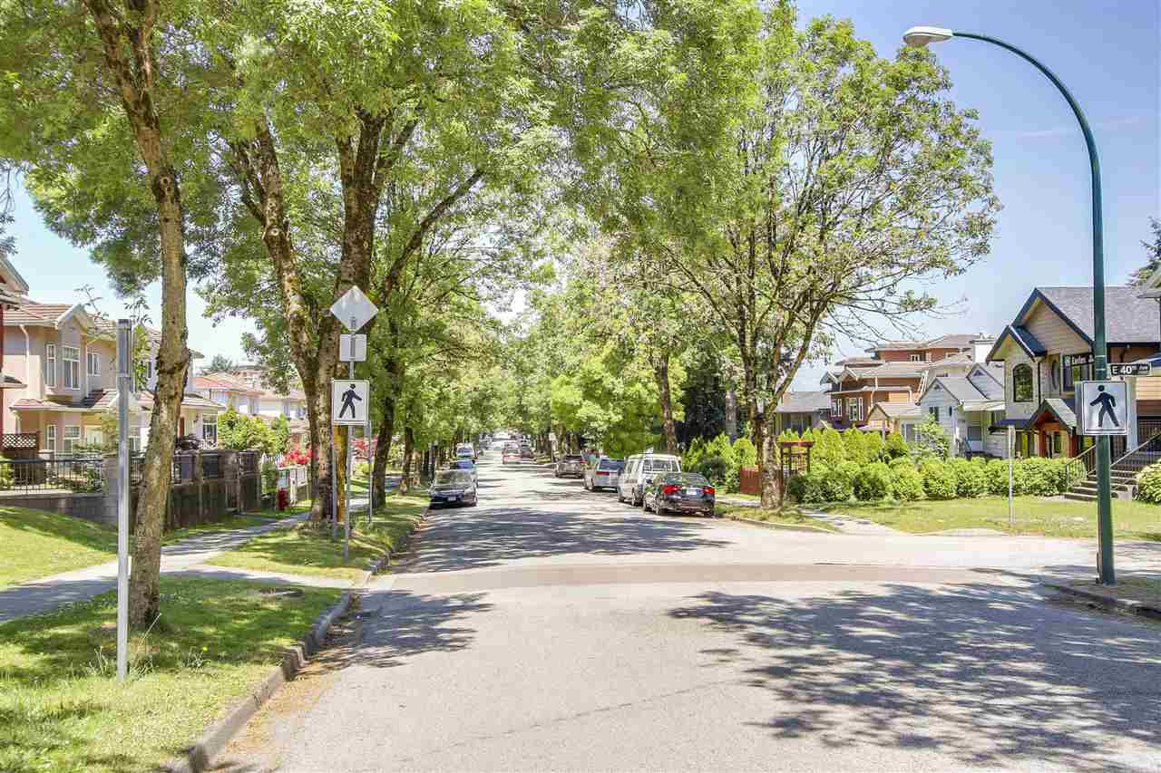 Detached at 5382 EARLES STREET, Vancouver East, British Columbia. Image 19