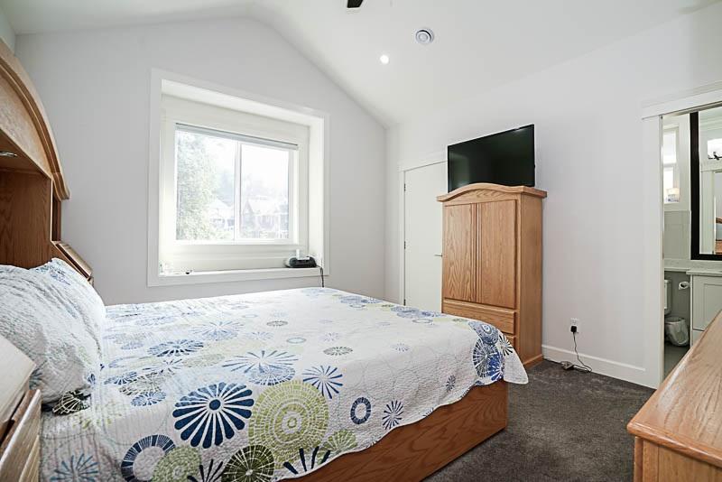 Detached at 13849 60A AVENUE, Surrey, British Columbia. Image 13