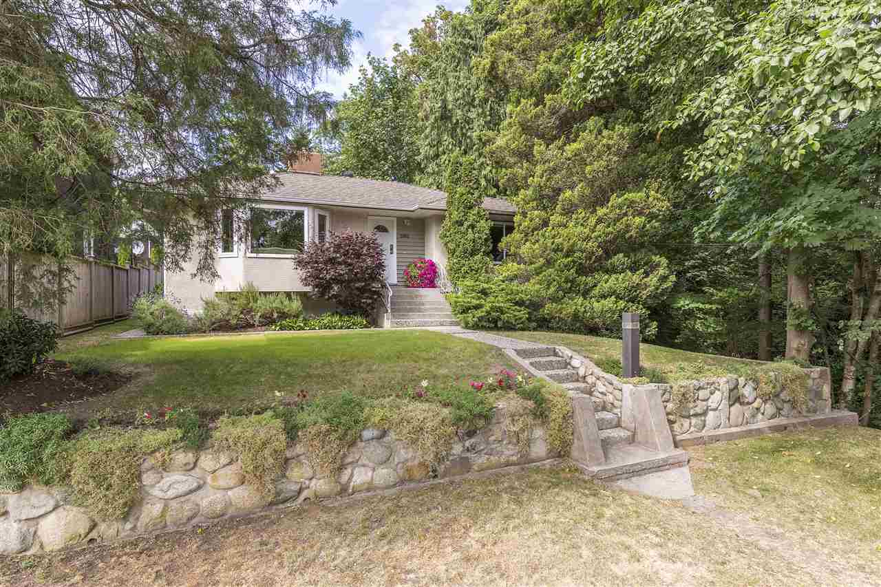 Detached at 3865 SOUTHWOOD STREET, Burnaby South, British Columbia. Image 1
