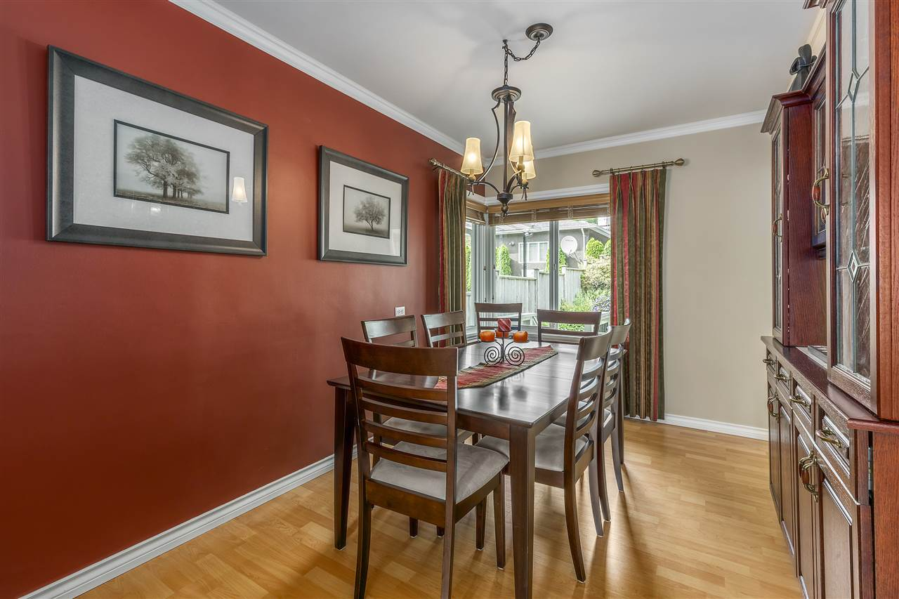 Detached at 3865 SOUTHWOOD STREET, Burnaby South, British Columbia. Image 5