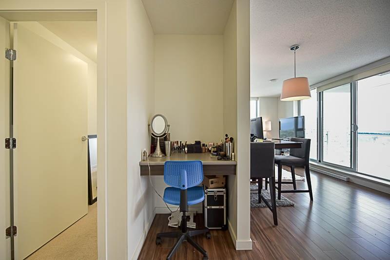 Condo Apartment at 2609 13325 102A AVENUE, Unit 2609, North Surrey, British Columbia. Image 5