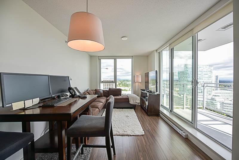 Condo Apartment at 2609 13325 102A AVENUE, Unit 2609, North Surrey, British Columbia. Image 9