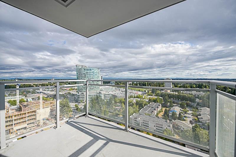 Condo Apartment at 2609 13325 102A AVENUE, Unit 2609, North Surrey, British Columbia. Image 11