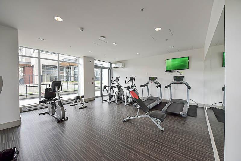 Condo Apartment at 2609 13325 102A AVENUE, Unit 2609, North Surrey, British Columbia. Image 19