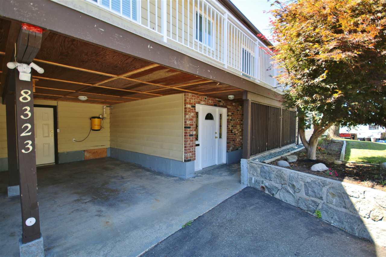 Detached at 8323 GREENHILL PLACE, N. Delta, British Columbia. Image 2