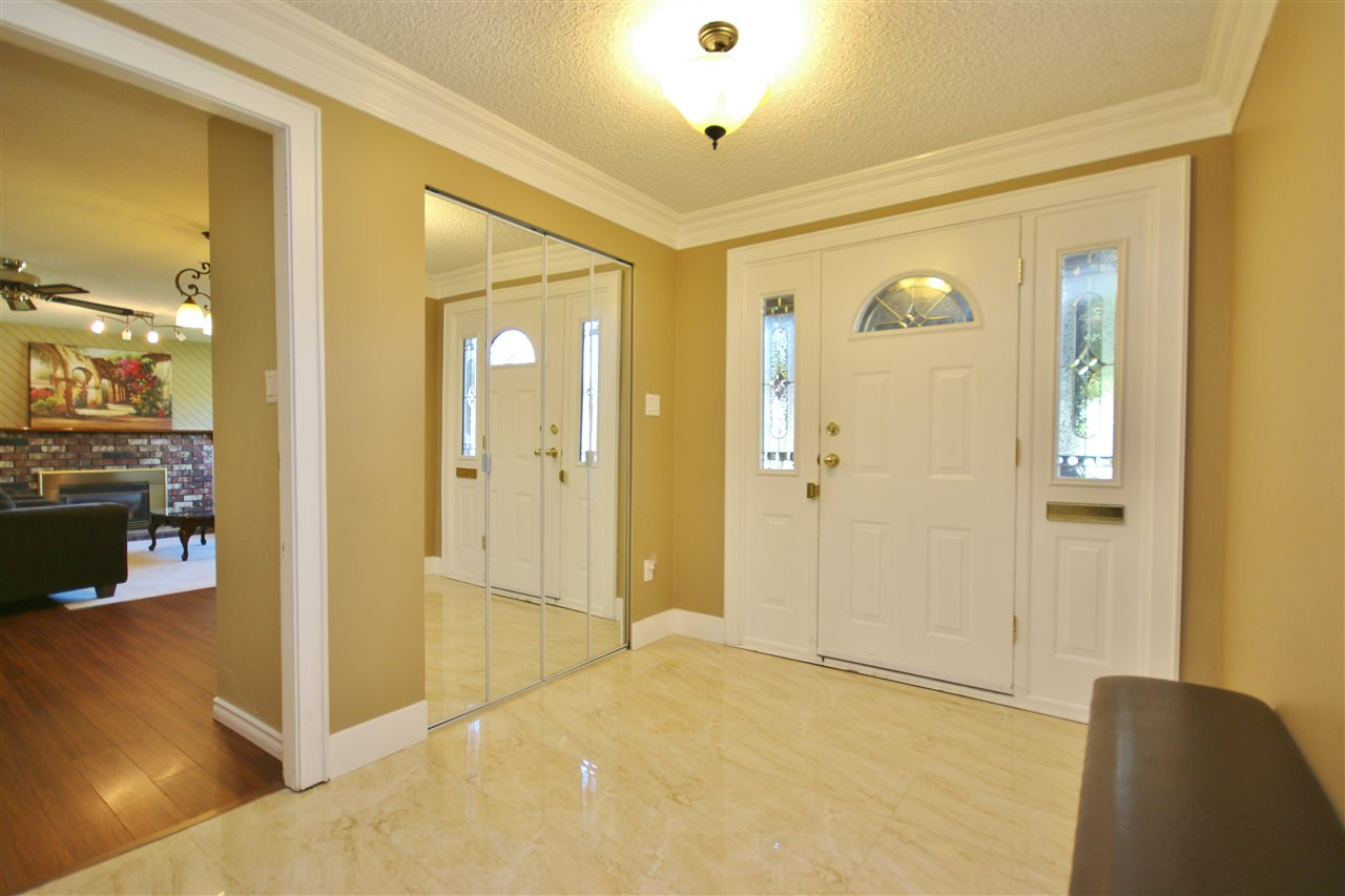 Detached at 8323 GREENHILL PLACE, N. Delta, British Columbia. Image 3