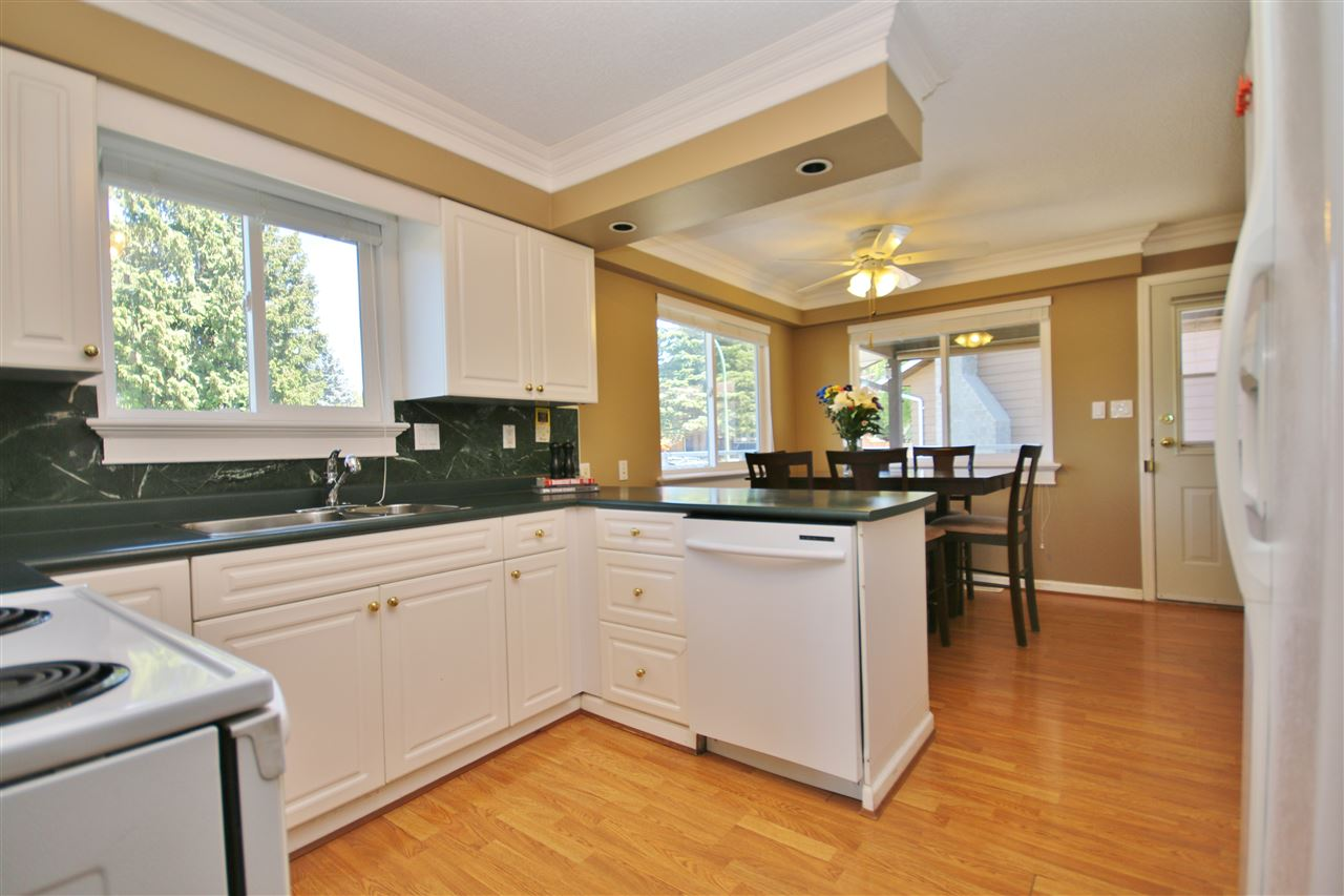 Detached at 8323 GREENHILL PLACE, N. Delta, British Columbia. Image 7