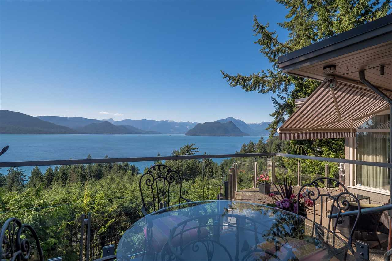 Detached at 70 PANORAMA ROAD, West Vancouver, British Columbia. Image 1