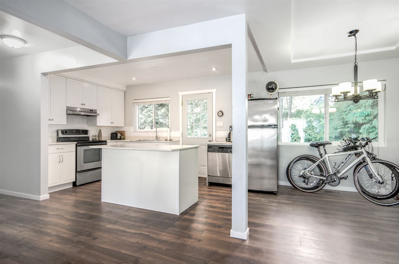 Detached at 2405 NORCREST COURT, Burnaby North, British Columbia. Image 9