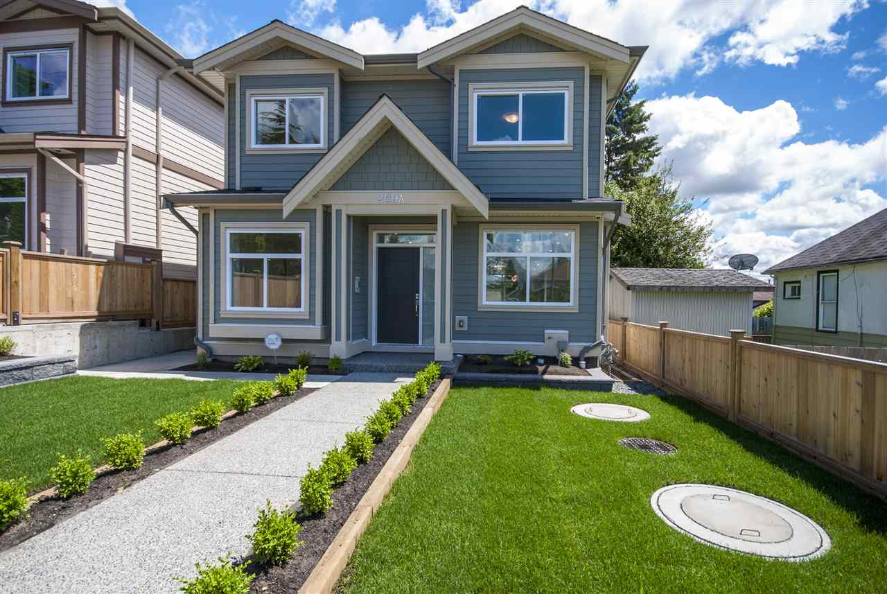 Detached at 269A BLUE MOUNTAIN STREET, Coquitlam, British Columbia. Image 6