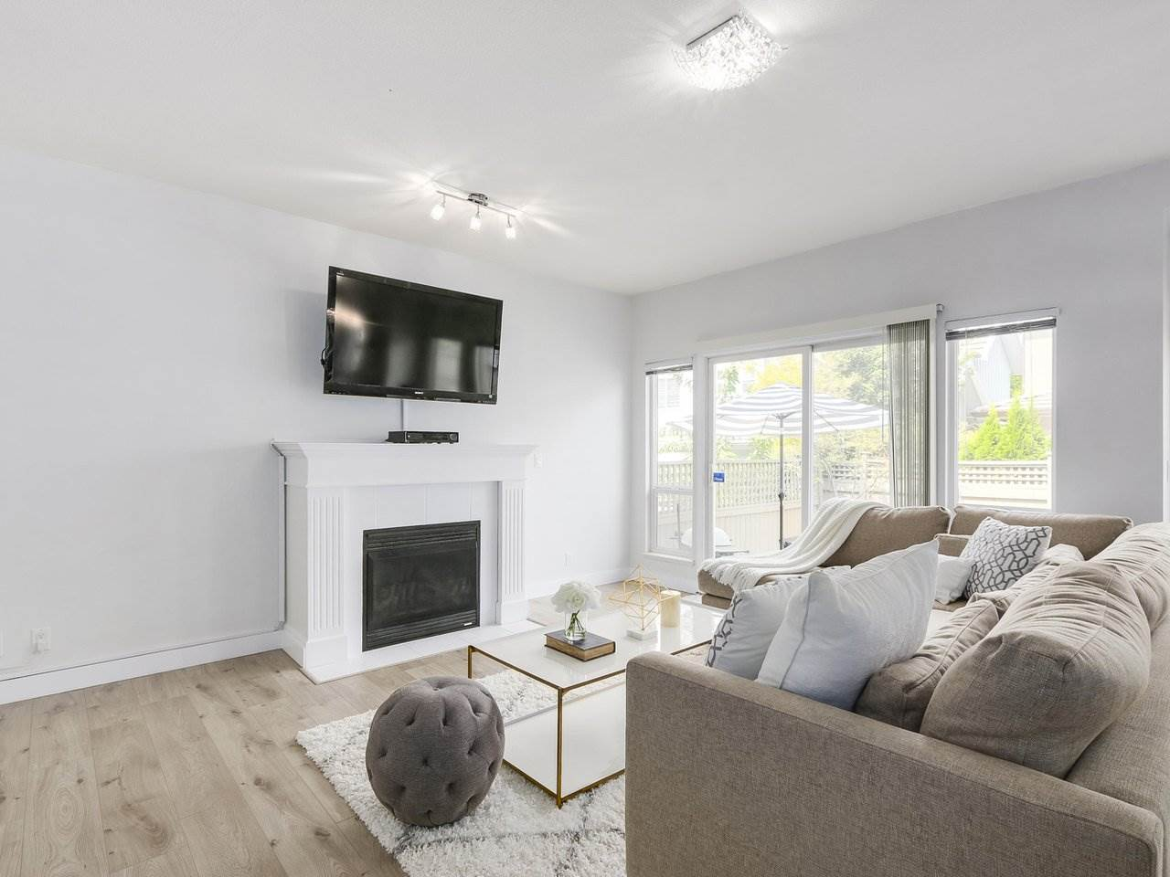 Detached at 18 3363 ROSEMARY HEIGHTS CRESCENT, Unit 18, South Surrey White Rock, British Columbia. Image 4