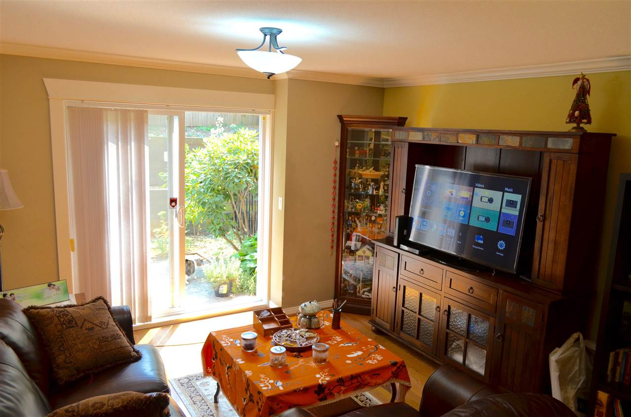 Townhouse at 9 6481 ELGIN AVENUE, Unit 9, Burnaby South, British Columbia. Image 2