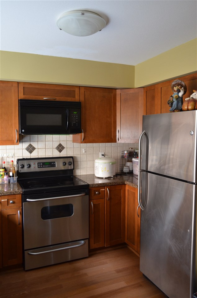 Townhouse at 9 6481 ELGIN AVENUE, Unit 9, Burnaby South, British Columbia. Image 5