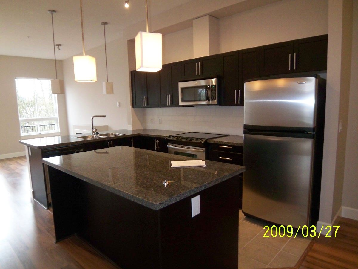 Condo Apartment at 107 12283 224 STREET, Unit 107, Maple Ridge, British Columbia. Image 3