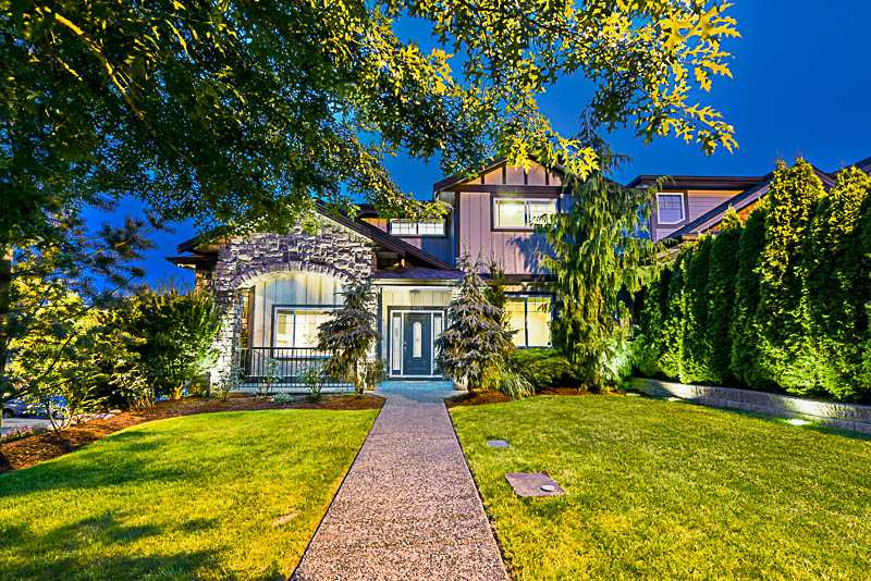 Detached at 10303 ROBERTSON STREET, Maple Ridge, British Columbia. Image 1