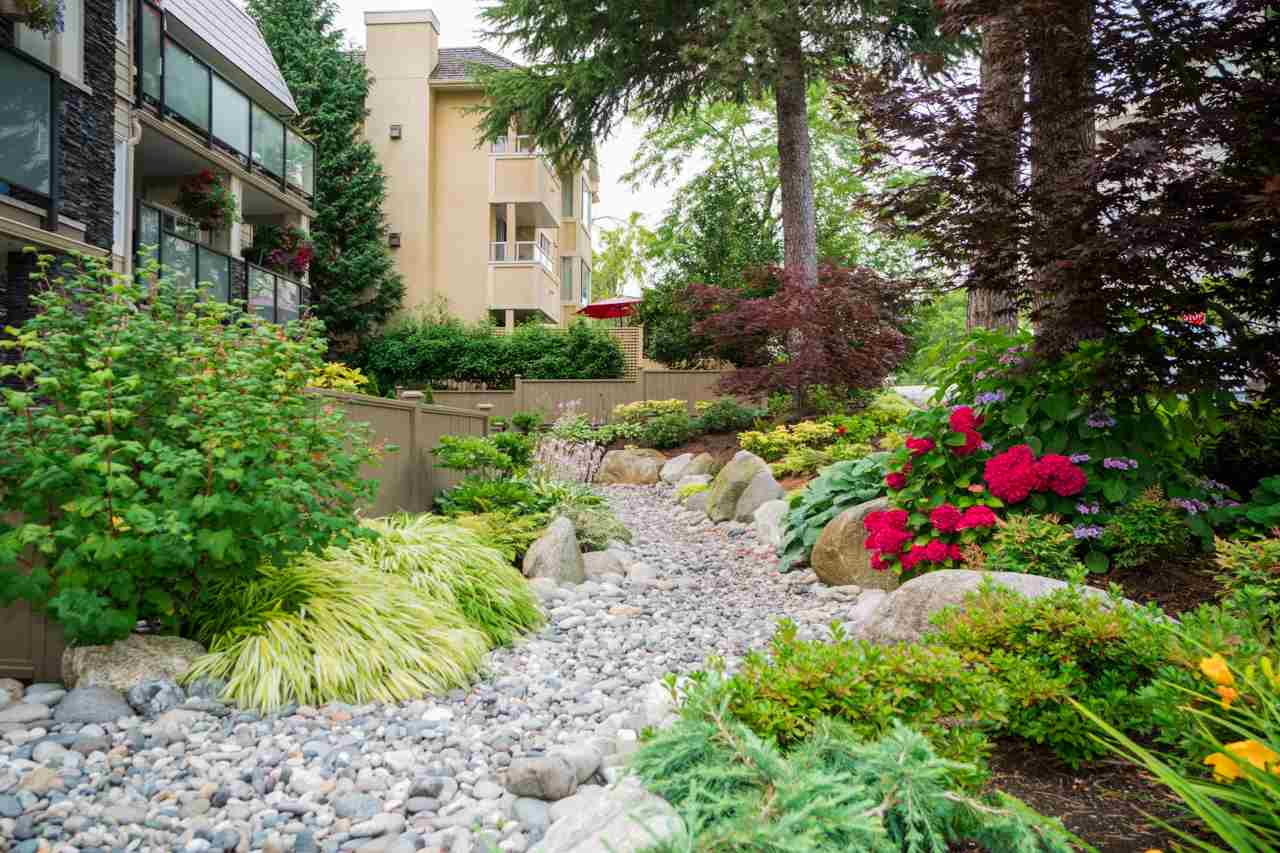 Condo Apartment at 203 1371 FOSTER STREET, Unit 203, South Surrey White Rock, British Columbia. Image 16