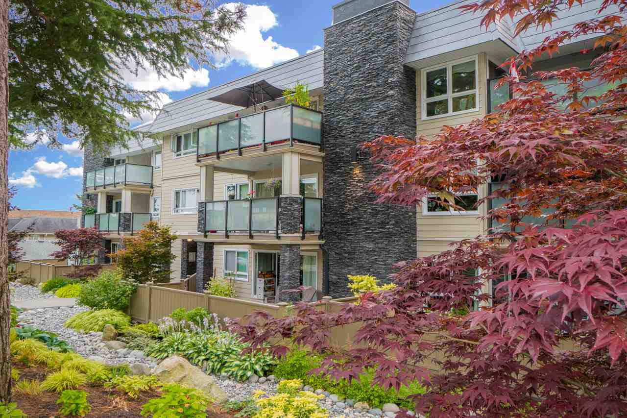Condo Apartment at 203 1371 FOSTER STREET, Unit 203, South Surrey White Rock, British Columbia. Image 17