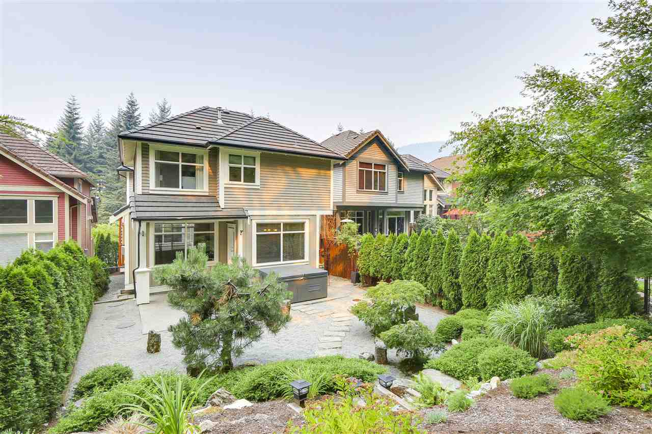 Detached at 1827 PARKWAY BOULEVARD, Coquitlam, British Columbia. Image 3