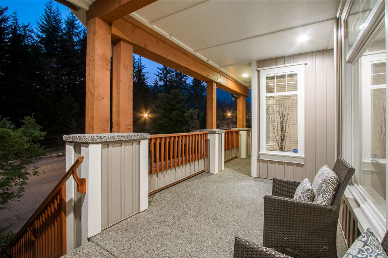 Detached at 1827 PARKWAY BOULEVARD, Coquitlam, British Columbia. Image 4