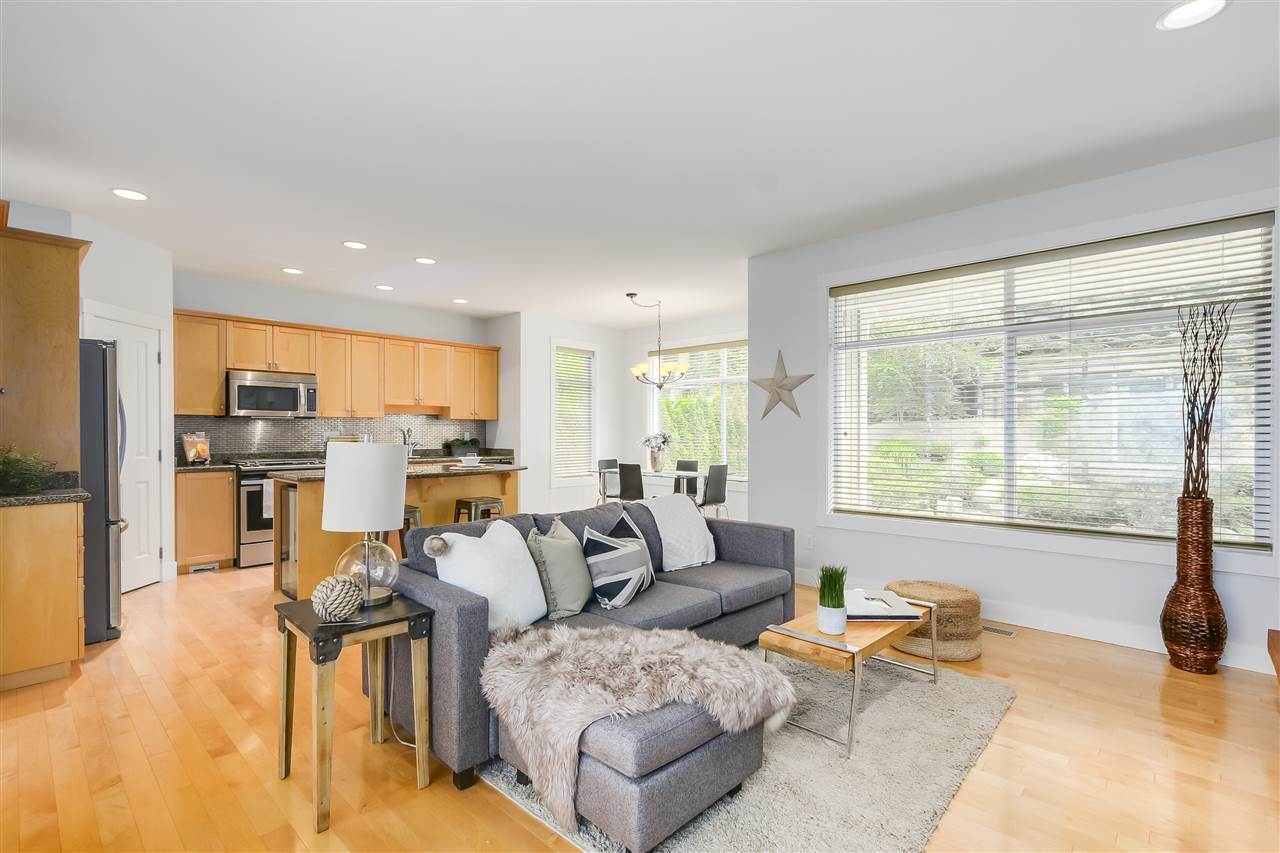 Detached at 1827 PARKWAY BOULEVARD, Coquitlam, British Columbia. Image 12