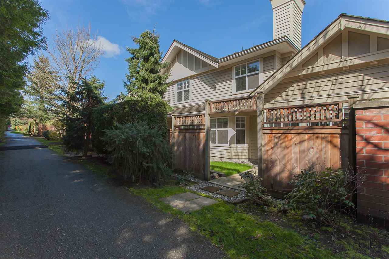 Townhouse at 113 15500 ROSEMARY HEIGHTS CRESCENT, Unit 113, South Surrey White Rock, British Columbia. Image 3