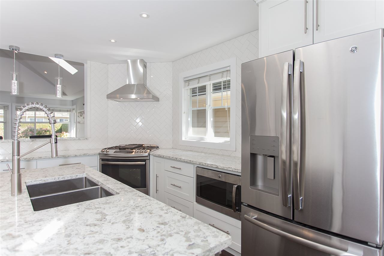 Townhouse at 113 15500 ROSEMARY HEIGHTS CRESCENT, Unit 113, South Surrey White Rock, British Columbia. Image 10
