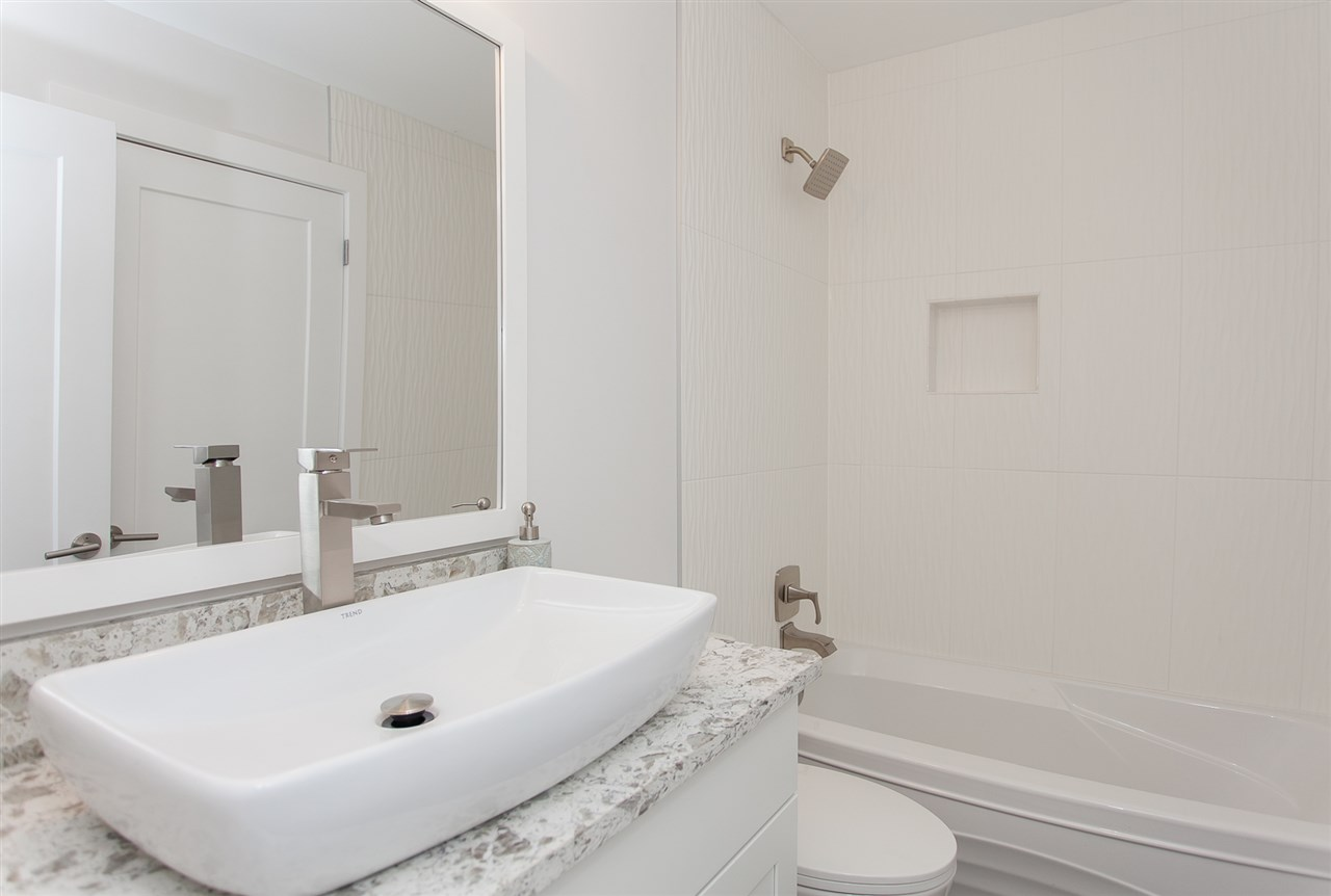 Townhouse at 113 15500 ROSEMARY HEIGHTS CRESCENT, Unit 113, South Surrey White Rock, British Columbia. Image 17