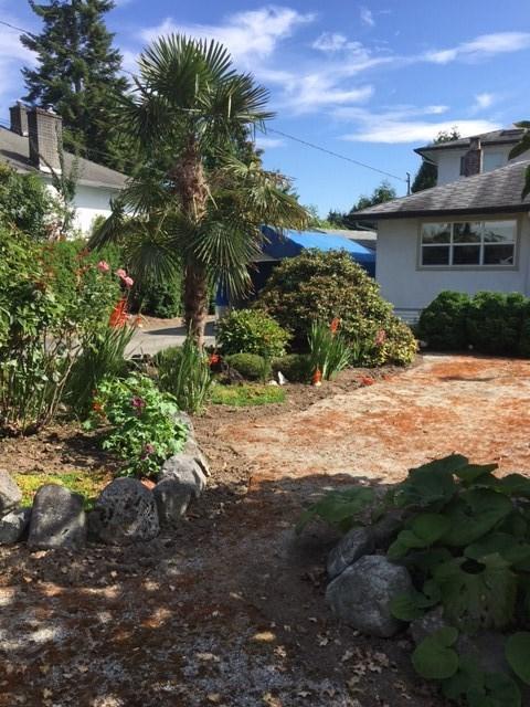 Detached at 2052 LORRAINE AVENUE, Coquitlam, British Columbia. Image 1