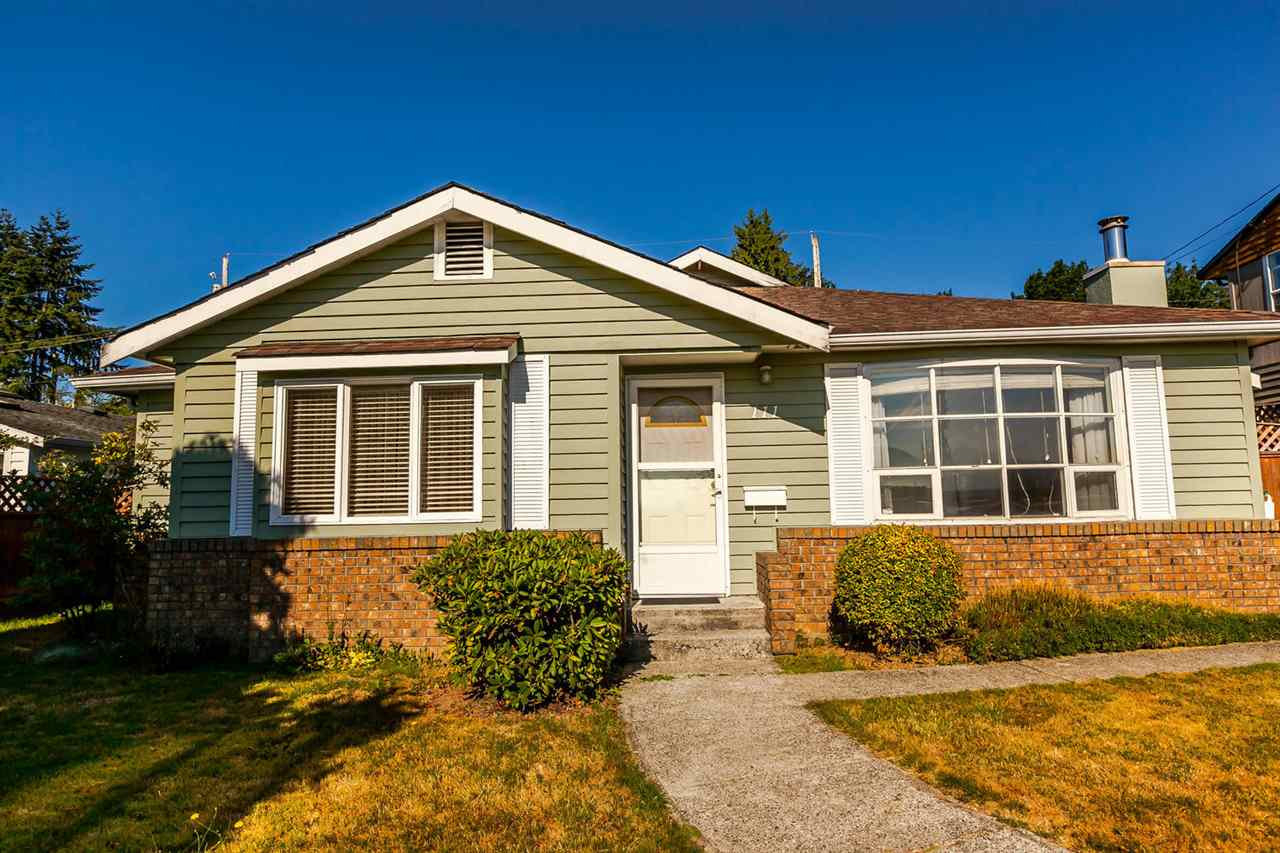 Detached at 111 SAPPER STREET, New Westminster, British Columbia. Image 1
