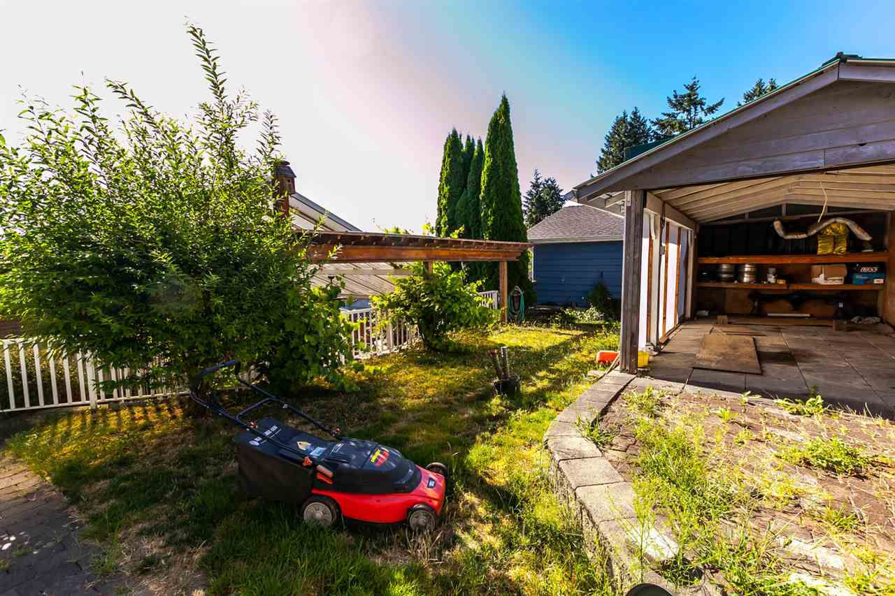 Detached at 111 SAPPER STREET, New Westminster, British Columbia. Image 17