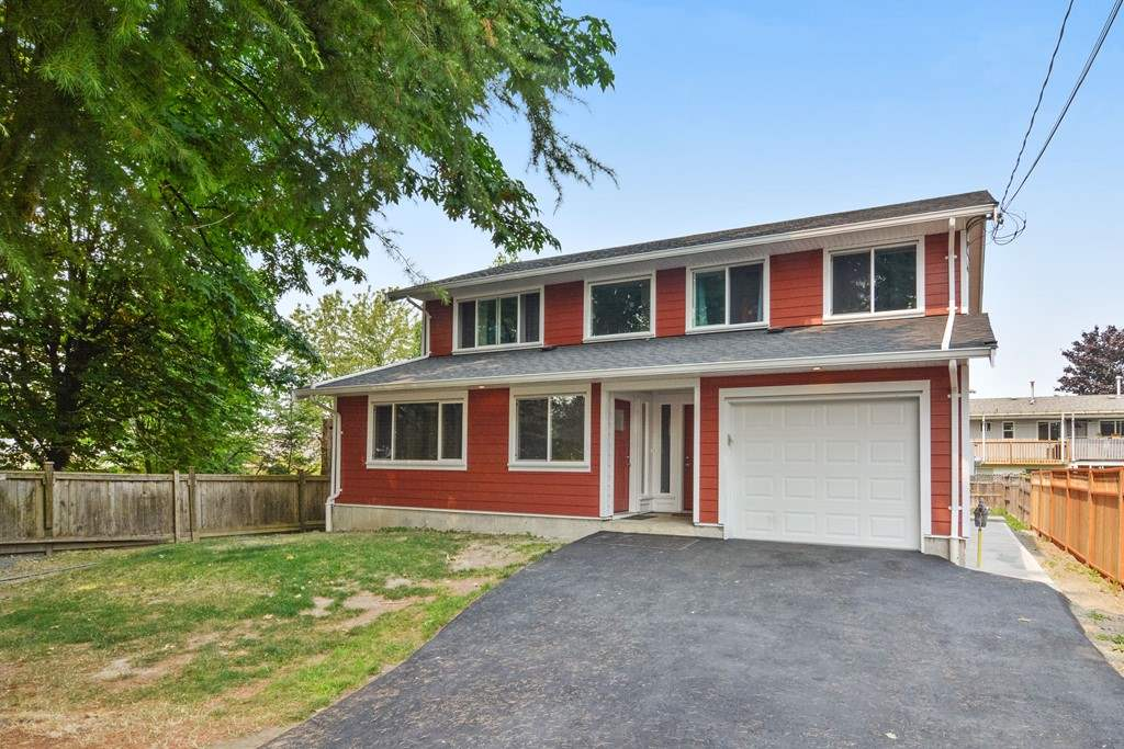 Detached at 10201 MICHEL PLACE, North Surrey, British Columbia. Image 1