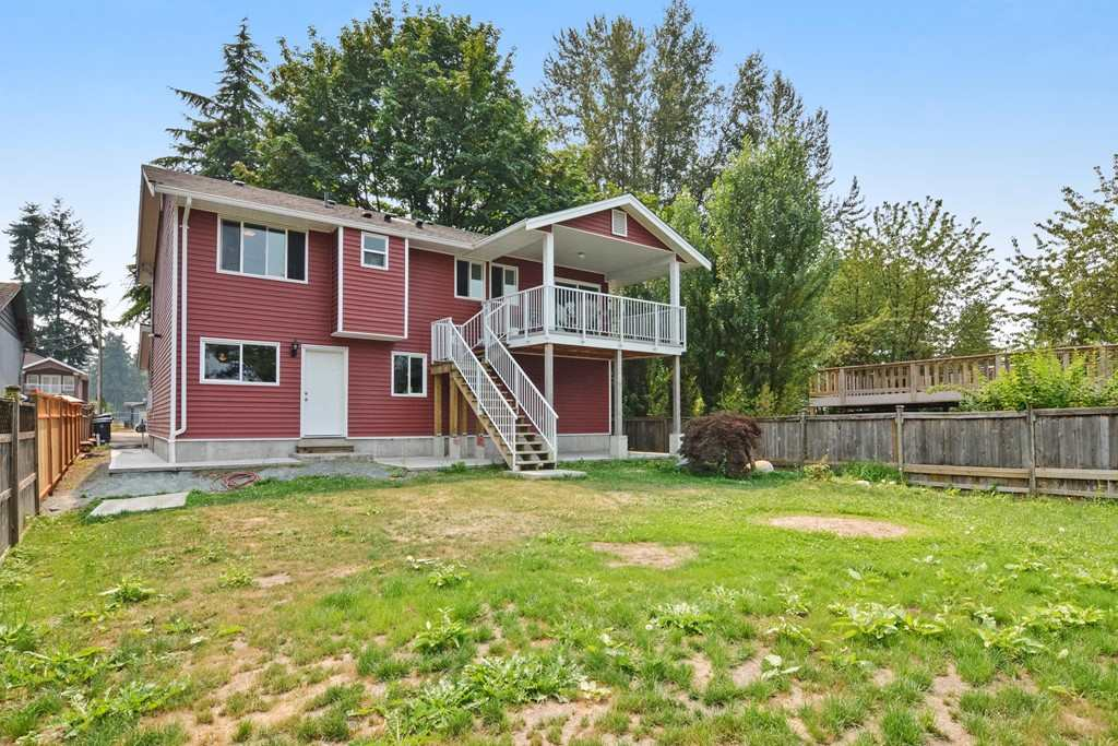 Detached at 10201 MICHEL PLACE, North Surrey, British Columbia. Image 19