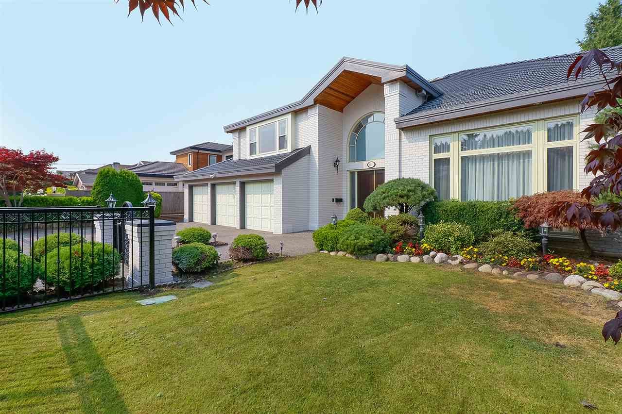 Detached at 8831 FOSTER ROAD, Richmond, British Columbia. Image 2