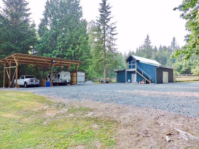 Detached at 27588 112 AVENUE, Maple Ridge, British Columbia. Image 3