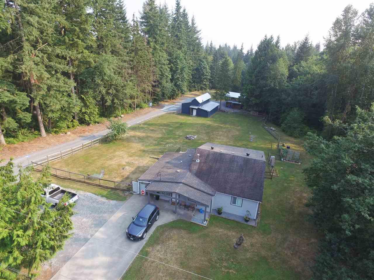 Detached at 27588 112 AVENUE, Maple Ridge, British Columbia. Image 17