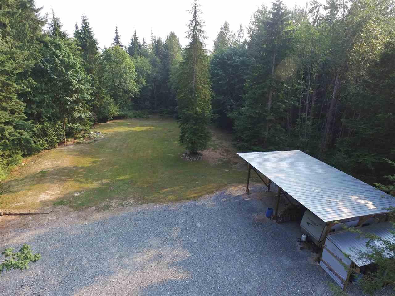 Detached at 27588 112 AVENUE, Maple Ridge, British Columbia. Image 19